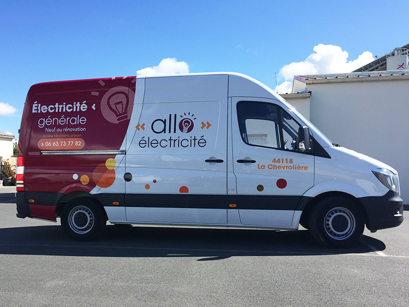REFLEXION-GRAPHIQUE_Allo-Electricite-44-nantes